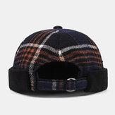 Collrown Unisex Casual Britse stijl Lattice Stripes Pattern Brimless Skull Hat Landlord Hat Beanie