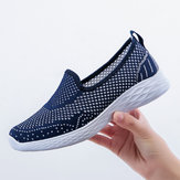 Mulheres Casual Oco Out Pure Color Slip On Sneakers