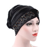 Vrouwen Gold Velour Stretch Turban Hoed Met Diamant Herfst Casual Warm Solid Beanie Cap