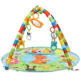 Support multifonctionnel de remise en forme de piano de bébé de 84cm * 76.5cm * 50cm avec tapis rond pour le jeu d'éducation des nourrissons