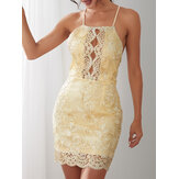 Elegante bordado Hollow Out Halter Cuello Backless Party Bodycon Gold Mini Vestido