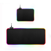 USB Wired Large Colorful Hintergrundbeleuchtete rutschfeste Soft Gummi-Mausunterlage Desktop-Matte