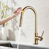 Grifos de fregadero de cocina de acero inoxidable de oro cepillado Mezclador Rotación de 360 ° Smart Touch Sensor Grúa de grifo mezclador de agua fría caliente
