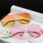 Donne UV400 Occhiali da sole Oversized Colorful lente Occhiali da sole Frame Metal