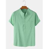 Chemises Henley à manches courtes décontractées en lin de coton de couleur unie pour hommes avec poche