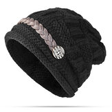 Women Girl Crochet Strap Knitting Caps Button Decoratieve Baggy Beanie Hat
