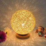 Rattan Ball Night Light Comodino lampada Bedroom Home Decor Regalo di San Valentino