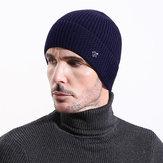 رجل خمر دافئ سميك طبقات مزدوجة محبوك قبعة