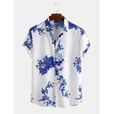Camisas relajantes de manga corta con estampado floral de porcelana para hombres