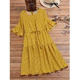 Sukienka w stylu vintage ze sznurkiem w kropki i pół rękawa