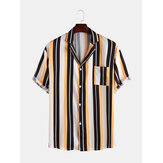 Homens Stripe Impresso Chest Pocket Manga Curta Revere Collar
