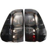 Tylne światło lewe / prawe tylne światła hamowania samochodu bez wiązki przewodów żarówki dla Toyota Hilux Revo 2015-Up