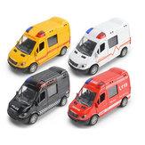 Novo 1:36 modelo de carro de ambulância da polícia de simulação de caminhão de bombeiros brinquedos crianças crianças