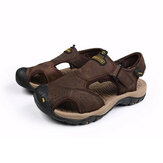 Top Layer Cowhide Men Strandschuhe Leder Outdooe Travelling Wading Anti-Collision Men Sandalen