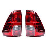 Luz traseira do freio da lâmpada da cauda traseira do carro esquerda / direita com fiação para Toyota Hilux 2015+