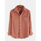 O algodão do veludo de algodão dos homens lavou mangas compridas e camisas de lapela