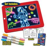 3D Sihir Menggambar Pad LED Menulis Papan Tablet Untuk Plastik Kreatif Art Papan Ajaib Pad Dengan Sikat Pena Anak Clipboard Hadiah Set-Merah