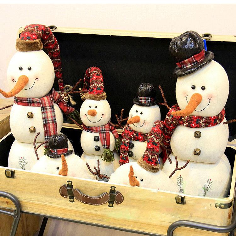 Muñeco de muñecas de muñeco de nieve de Navidad 2017 Adorno Mesa Decoración de escritorio Regalos de Navidad para niños - 4