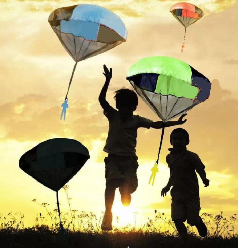 Parachute Toy Throw and Drop outdoor Fun Toy Outdoor Sports Toys Random Color With Soldier Doll - 7