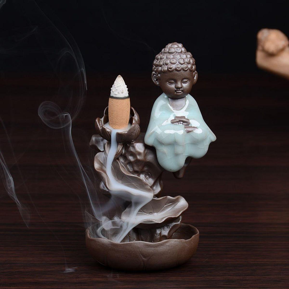 Buda Backflow Incienso Cono Quemador Titular Monje Budista Lotus Flowing Fragrant Censer