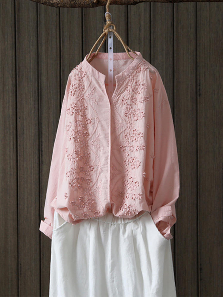 Women Floral Embroidery V-neck 3/4 Sleeve Blouse - 1