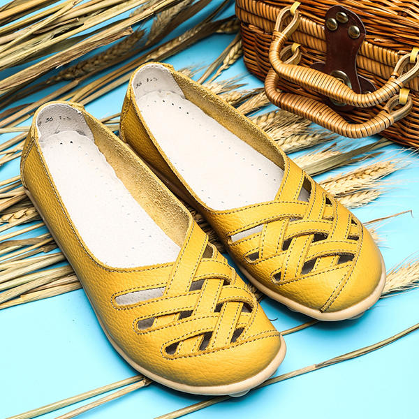 Large Size Hollow Out Leather Loafers Moccasin Casual Flats