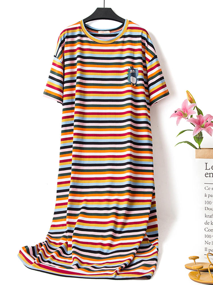 Plus Size Round Neck Overhead Short Sleeve Stripe Nightgown