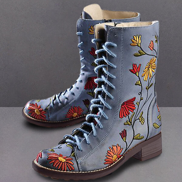 Women Pointed Toe Embroideried Lace Up Block Boots - 2