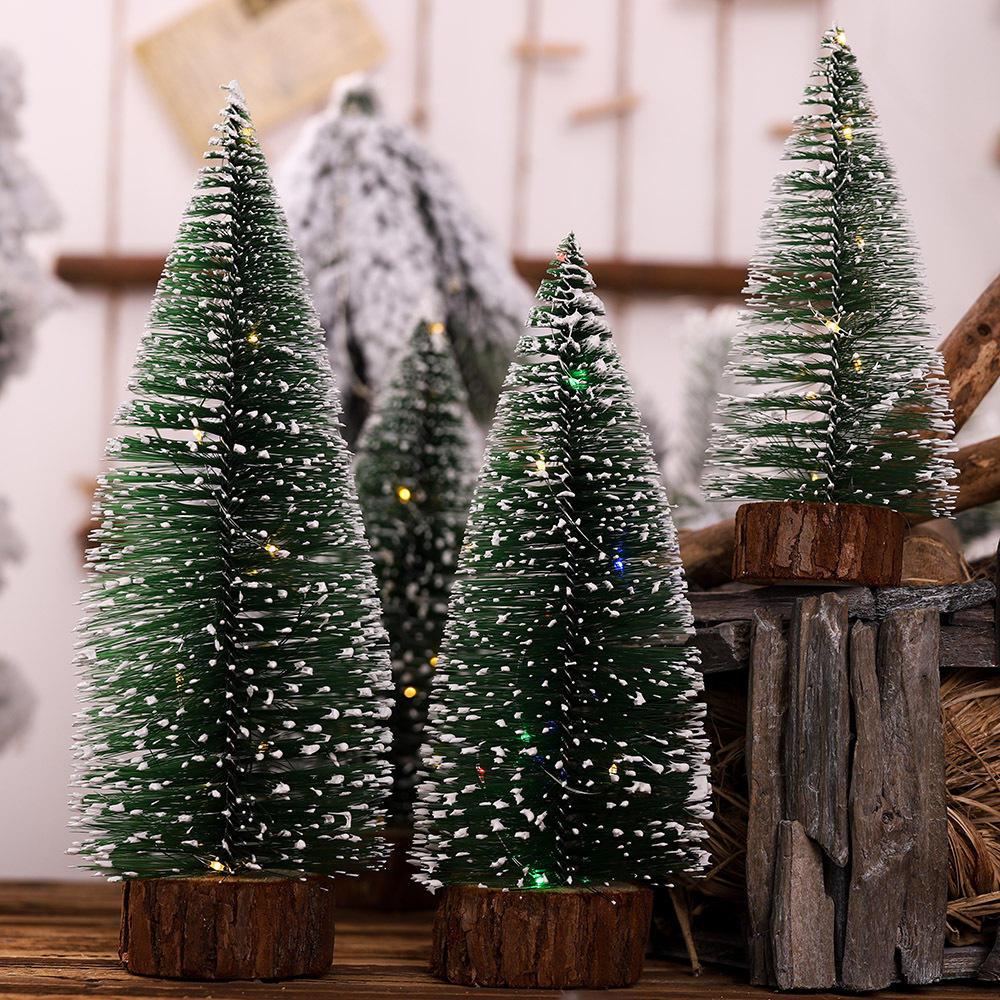 Loskii Albero di Natale Ornamento Albero di aghi di pino con luci Tavolo da festa Decorazioni natalizie da tavolo per regali di Natale per la casa - 4