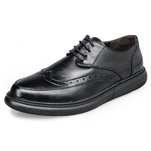 Men Brogue Carved Pattern Lace Up Soft Sole Casual Business Formal Shoes