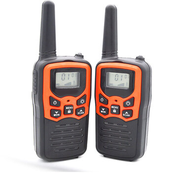 2Pcs Waterproof 400-470MHz 22CH Voice Operated Transmit Walkie Talkie Up to 8KM with Flashlight Two Way Radio 10 Call Tones